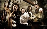Die Piratenmetaller Alestorm (Bildquelle: Napalm Records)