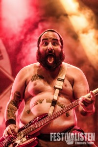 Ian Grushka von New Found Glory beim Groezrock 2014, Foto: Thomas Peter